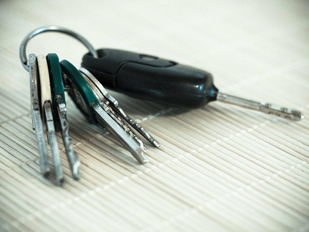 Wie tauscht man einen Autoschlüssel aus?